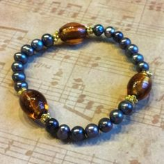 NEW real fresh water pearl and glass beads stretch bracelet in Vancouver, WA (sells for $15)