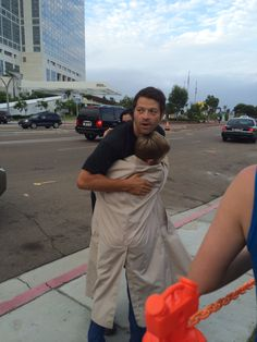Misha hugged my brother at comiccon!