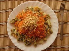 Ensalada de pasta, zanahoria y cacahuetes #vegan #veganrecipes #vegano