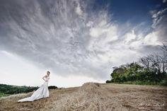 wedding in tuscany, portraits, sposa a montepulciano, blue sky Tuscan Wedding, Tuscany, Destination Wedding, Portraits, Sky, Blue, Heaven, Heavens, Tuscany Italy