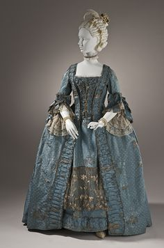 Robe a la francaise ca. 1765, history is so amazing to learn about.