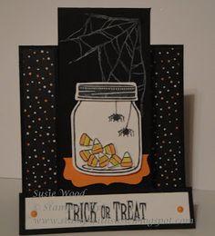 Stampin' Up!- A fun fold Halloween card using the 'Jar of Haunts' set!