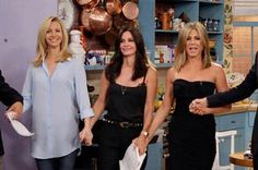 """There Was A Mini-""""Friends"""" Reunion And It Was Perfection"""