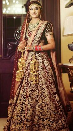 Looking for Bridal Lehenga for your wedding ? Dulhaniyaa curated the list of Best Bridal Wear Store with variety of Bridal Lehenga with their prices Indian Wedding Gowns, Wedding Lehnga, Desi Wedding Dresses, Indian Bridal Outfits, Indian Bridal Lehenga, Indian Bridal Fashion, Indian Bridal Wear, Indian Dresses, Bridal Dresses