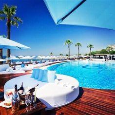 ocean club marbella. Me - here. K.