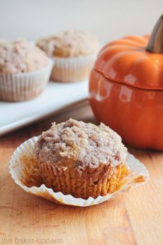 Pumpkin cream cheese muffins - an awesome fall treat! www.thebakerupstairs.com