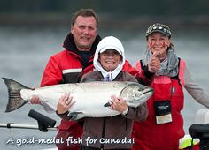 A gold-medal fish for Canada! That's a Chinook salmon we can all be proud of… Peregrine Lodge consistently delivers.