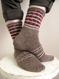 Mitten Gloves, Mittens, Ladies Gents, Wrist Warmers, Colorful Socks, Mobile Covers, Knitting Accessories, Chrochet, Knitting Socks