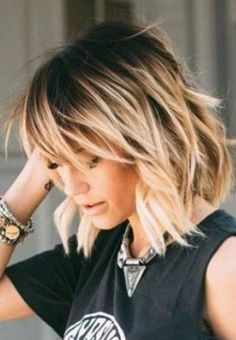 35 Women Summer Hairstyles Ideas for Medium Hair - Hair Styles Medium Hair Cuts, Medium Hair Styles, Curly Hair Styles, Haircut Medium, Easy Hair Cuts, Haircut Bob, Short Hairstyles For Thick Hair, Easy Hairstyles, Short Wavy