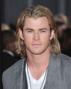 aaaahhhhh Chris Hemsworth <3