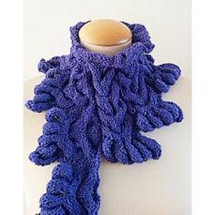 Pattern Cowl Lilac hand knti