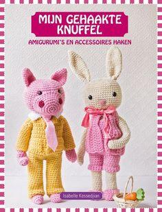 Deze haakknuffels maken iedereen blij! De grappige snoetjes van de amigurumi's uit Mijn gehaakte knuffel van Isabel Kessedjian zorgen voor veel haak- en knuffelplezier. In dit sfeervolle boek…