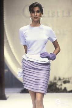 19 Closerie Christian Dior, Spring-Summer 1992, Couture | Christian Dior  Christian Dior, Spring-Summer 1992, Couture | Christian Dior