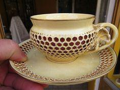 ZSOLNAY TEE TASSE 1880 SIKORSKI TADE HUNGARY PECS (07/19/2013) Teapots And Cups, Teacups, Tea Cup Saucer, Cutlery, Hungary, Tea Time, Dinnerware, Tea Pots, China