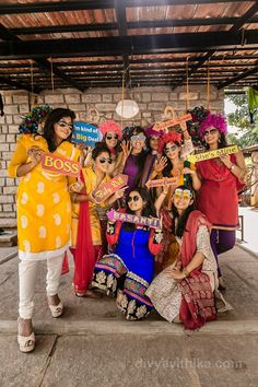 Trendy ideas for wedding photography ideas poses families bridal parties Bridal Poses, Pre Wedding Photoshoot, Bridal Shoot, Wedding Shoot, Photoshoot Ideas, Desi Wedding Decor, Indian Wedding Decorations, Wedding Ideas, Wedding Venues