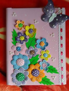 Folder Decorado, Crafts For Girls, Arts And Crafts, Notebook Diy, Planner Book, Paper Dolls, Paper Flowers, Applique, Projects To Try