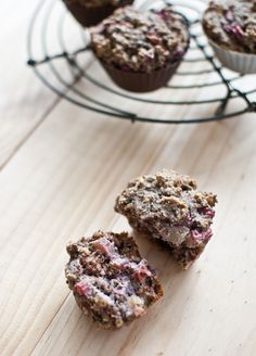 "Rhubarb & Hazelnut Grain-free, sugar-free breakfast muffins (makes (recipe adapted from ""I Quit Sugar"" by Sarah Wilson) Sarah Wilson, Sugar Free Breakfast, Breakfast Muffins, Protein Breakfast, Sugar Free Desserts, Sugar Free Recipes, Healthy Sweets, Healthy Baking, Real Food Recipes"