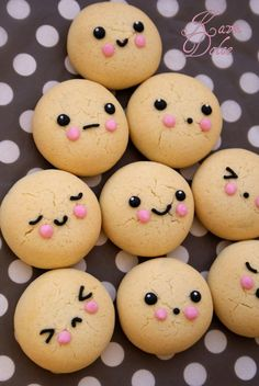 Kawaii faces #cookies. Would make cute #cake pops too!