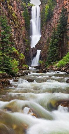 Near Telluride-Mystic Falls - Colorado. The Vampire Diaries setting is Mystic Falls and I'm pretty sure Stephen and Elana were around here once! Beautiful Waterfalls, Beautiful Landscapes, Places To Travel, Places To See, Beau Site, Image Nature, Les Cascades, Mystic Falls, Amazing Nature