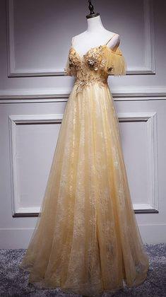 Princess Prom Dresses, Unique Prom Dresses, Vintage Prom Dresses, Elegant Formal Dresses, Pretty Dresses, Flowy Prom Dresses, Beautiful Dresses, Evening Dresses, Quince Dresses
