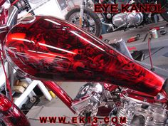 Custom Motorcycle Paint Jobs, Custom Motorcycles, Cars And Motorcycles, Airbrush Skull, Honda Fireblade, Airbrush Designs, Pinstriping, Bike Art, Bike Design