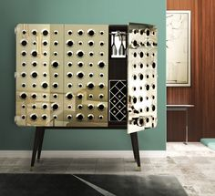 Monocles is a drinks cabinet produced in classic materials and is waiting for you at Salone Del Mobile 2018, Hall 1 Stand L09 to celebrate the mid-century modern design!