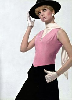 Léonard L'Officiel magazine 1966  Take away the gloves and 60s make-up/hair and you've got a classic outfit for today, too.