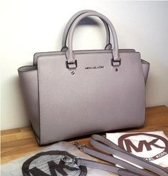 Michael Kors Selma Large Hand Grey - Pearl Gray Bag - Satchel $319.. Love it, Want it but I'm waayy to broke. J