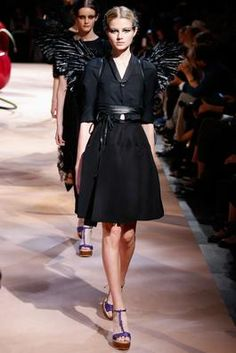 Undercover Spring 2015 Ready-to-Wear Fashion Show: Complete Collection - Style.com