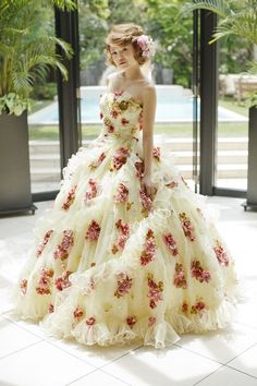 伊藤羽仁衣 ドレス|THE HANYドレス|岐阜・名古屋の貸衣裳・ドレスレンタル ウェディングプラザ二幸