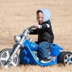 The best gift idea for toddlers are Harley Davidson Power Wheels Motorcycles. Fun outdoor ride on toys for boys and girls offered by Harley Davidson....