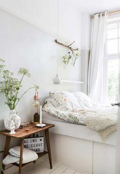Romantische slaapkamer | romantic sleeping room | vtwonen 02-2017 | Fotografie Henny van Belkom