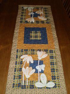 Trilho de Mesa Margaridas | Trilho de Mesa em patchwork, com… | Flickr