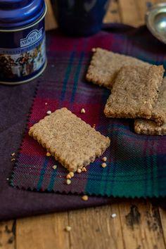 Rosenoisettes: Shortbread cookies with buckwheat (vegan & gluten free) Biscuit Vegan, Biscuit Sans Gluten, Gluten Free Biscuits, Vegan Shortbread, Shortbread Cookies, Recettes Anti-candida, Sans Gluten Vegan, Recipe Notes, Cake Tins