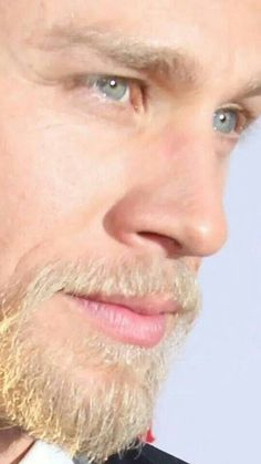 Charlie Hunnam - He is seriously the most beautiful man alive!