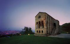 Santa María del Naranco #Oviedo #PatrimoniodelaHumanidad #Prerrománico #cultura #culture #Asturias #ParaísoNatural #NaturalParadise #Spain