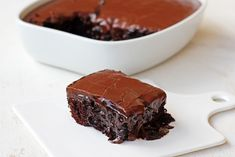 Σοκολατόπιτα Death By Chocolate, Chocolate Cake, Easy Desserts, Dessert Recipes, Delicious Deserts, Always Hungry, Greek Recipes, Baking Recipes, Food Porn
