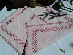 www.sophieladydeparis.etsy.com Original Rustic French Country side Handmade #Gingham Table Center Cross Stitched Lace Trimmed.  Metis fabric made. Pink and white gingham wit... #antiquelinens #victorian #frenchlinens #sophieladydeparis #damask
