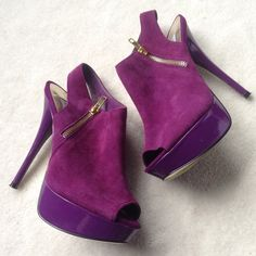 """✨Host Pick✨Purple suede peep toe booties I love these so much but they are too high for me now. Style: Viciious. Plum purple suede uppers with peep toes and sling backs. Purple 1.25"""" platforms, 5.5"""" heels. Gold zippers on the outer foot. Pre-loved. Some light scuffing on the platforms and heels, but not noticeable unless looking up close. Otherwise, in really great shape! Lots of life left in these beauties! No trades, no PayPal. Steve Madden Shoes Ankle Boots & Booties"""
