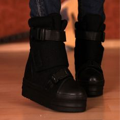 Thick Bottom Buckle Winter Ankle Boots