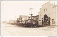RP: Main Street [dirt] , SHAUNAVAN , Saskatchewan , Canada , 1910s - Delcampe.com Main Street, Street View, Saskatchewan Canada, Sales Image, Original Image, Old World, Postcards, Maine, Medieval