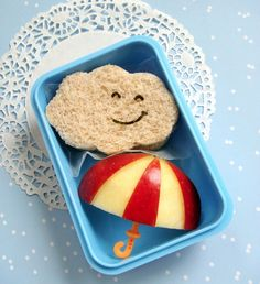 Here are some CUTE ideas for kid friendly health snacks. SO cute! via Cute Food For Kids.