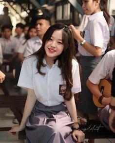 School Girl Outfit, Girl Outfits, Chelsea Instagram, Indonesian Girls, Uzzlang Girl, Japanese Girl Group, Cute Girl Face, High School Girls, Poker Online