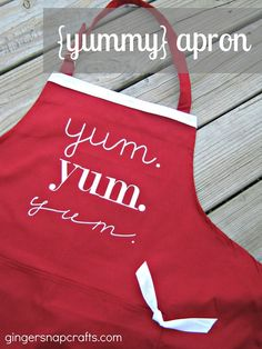 Ginger Snap Crafts: {yummy} apron ~ Mother's Day gift idea