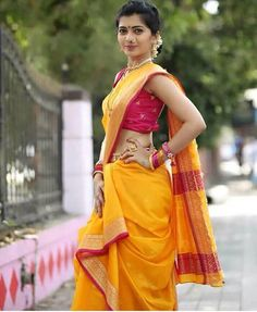 So Beautiful Girl - Navari Saree Indian Bridal Outfits, Indian Bridal Lehenga, Indian Beauty Saree, Indian Dresses, 15 Dresses, Marathi Saree, Marathi Bride, Marathi Wedding, Marathi Nath