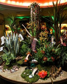 """BERGDORF GOODMAN, New York, USA, """"When the Shoe Salon doubles as a tropical destination"""", pinned by Ton van der Veer"""