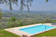 Villa Noceta Castiglion Fiorentino Surrounded by a private garden with an outdoor pool, Villa Noceta is located 4.5 km from Pergognano. Guests can enjoy a furnished patio, BBQ facilities and free WiFi.