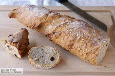 Receta de pan retorcido de espelta con semillas y pasas. Con fotografías del paso a paso, consejos y sugerencias de degustación. Recetas de panes...