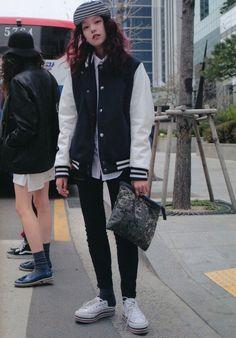 Tomboy Chic On Pinterest Japanese Street Styles Tomboy Style And Snapback