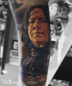 Artist: Valentyna Ryabova BLACKOUT Tattoo Collective #blackouttattoocollective #blackouttattoo #tattoo #tattoos #tattooartist #tattooart #tattooist #art #artwork #ink #addictedtoink #inked #artoftheday #toptattooartist #tattooistartmag #inkddict #tattoospb #realistic #realistictattoo #portrait
